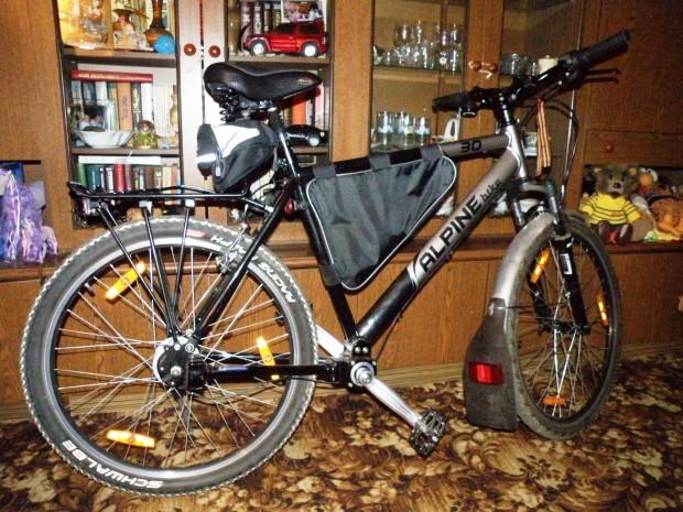 Тестирование непривычного карданного велосипеда Alpine Bike 30M PA230105-620x465