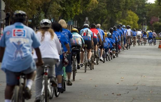 Самая длинная велосипедная колонна Bike-record-6-620x395