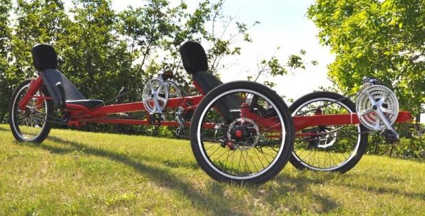 Теперь с любимой можно ехать вдвоём, лёжа на велосипеде Viking-recumbent-green-620x316