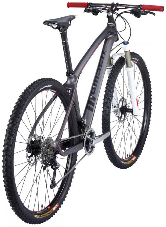 Простенький велосипед Momsen с карбоновой рамой  Momsen-SL929